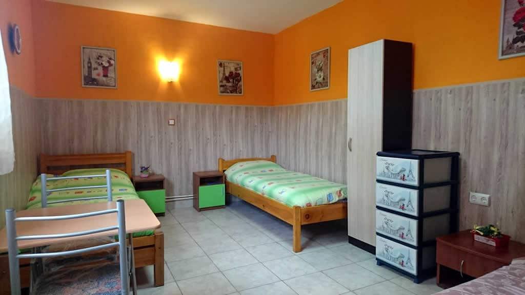 хоспис варна стая с три легла